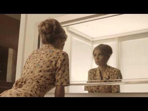 Into Your Heart de Sarai Letra y Video