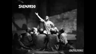 LAPAK JHAPAK TU AA RE BADARWA - MANNA DEY & FRIENDS -SHAILENDRA- SHANKER JAIKISHAN(BOOT POLISH 1954) width=