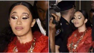 Cardi B ataca Nicki Minaj em festa da Harper's Bazaar.