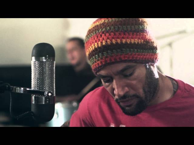 Video en directo de Ben Harper junto a The Innocent Criminals - Jah Work