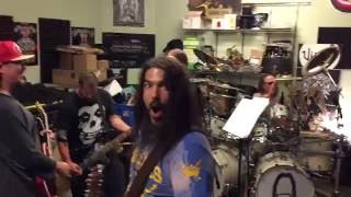 MACHINE HEAD - More Footage from Robb Flynn's Birthday Bash Rehearsals