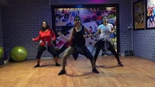 Zumba Warm Up on Kala Chashma | Isha Dang | Zumba@fitness