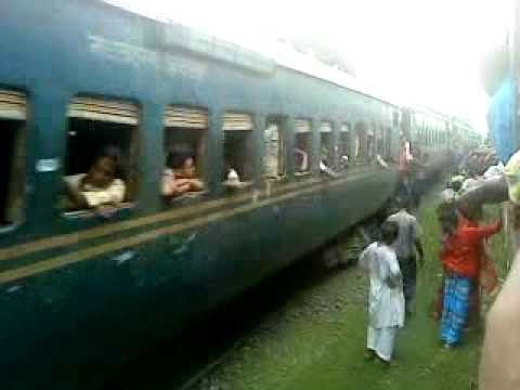 Bangladesh Railway Goalondo ghat  Khulna Nakshikantha Express with MLW 6117 loco just entered Kalukhali rail station