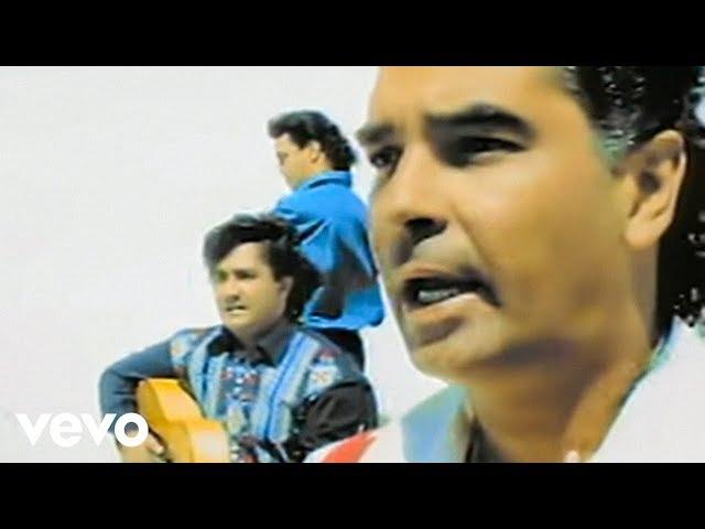 Videoclip oficial de la canción Baila Me de Gipsy Kings