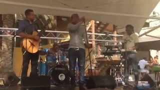 Ephrem J - Loco (En Vivo Cover)