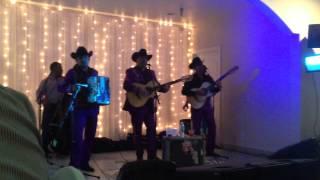 Los Canelos De Durango - El Mochomo (En Vivo Con Tololoche 2013)