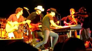 """Lee Kernaghan Live """"Great Balls Of Fire"""" @ Perth City Muster 2010"""