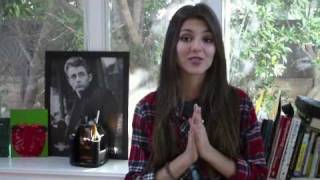 "Victoria Justice's ""Freak the Freak Out"" Contest"