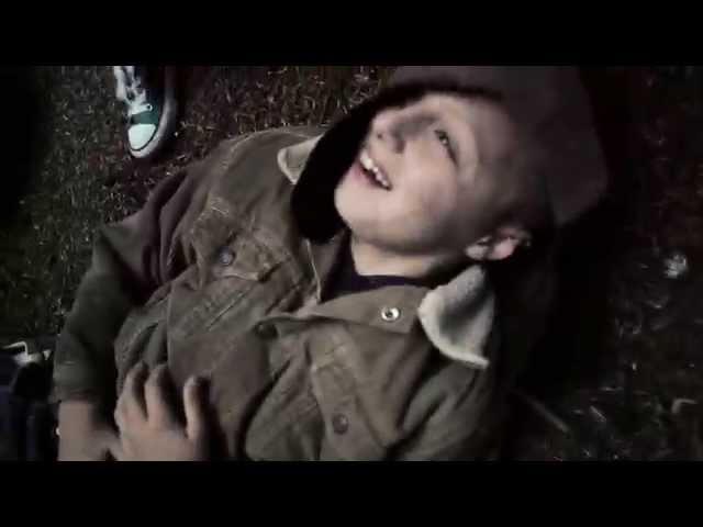 """Videoclip oficial de la canción """"Breathe Rebel"""" de SweetKiss Momma."""
