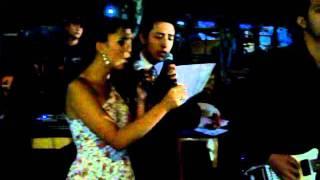 Queivila e Ray cantam Cada instante de nos dois