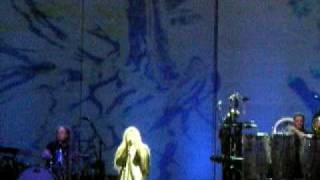 Stevie Nicks - Edge of 17 live  -Friday the 13th- St. Louis