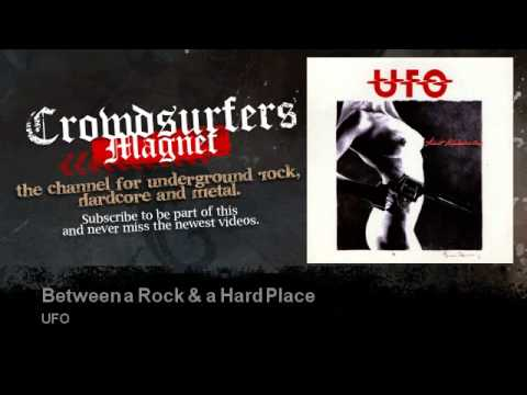 ufo-between-a-rock-a-hard-place-crowdsurfers-magnet