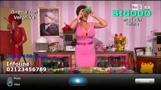 Veronika (Lucia Ocone) presenta Bigodò - Quelli che il calcio 05/10/2014