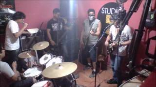 Twisted Sisters - I Wanna Rock (cover Excesso)