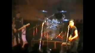 Xutos & Pontapés - Longe de ti (Rock Rendez Vous 1983)