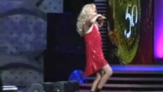 El hilarante baile de'El Flaco en Viña 2009