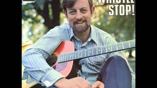 Roger Whittaker - Where The Rainbow Ends