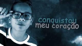 MC Breno - Em Você Eu Dei um Zoom (Lyric Video) DJ Felps