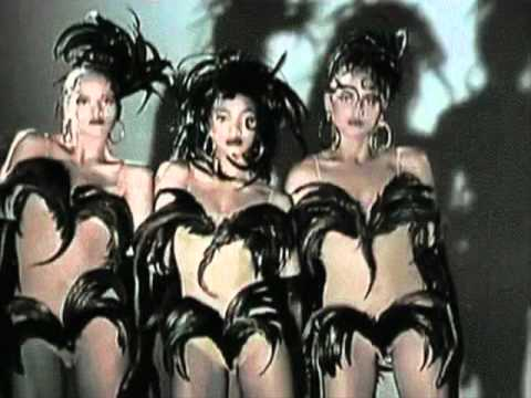 yello-the-race-extended-version-1988-owees-2012-video-ronderw
