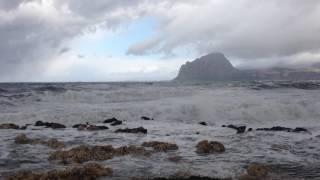 Mare in burrasca a Bonagia