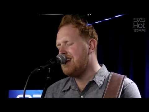 gavin-james-nervous-bud-light-live-rare-session-trendingradio