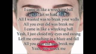 Miley Cyrus-Wrecking Ball Lyrics
