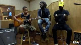 Iba Mahr - Having Fun [Acoustic in Kingston]