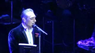 Notis Sfakianakis-Δεν Υποχωρώ (Live)