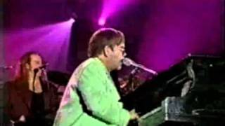 Elton John - Uptown Girl - Live in Tokio 1998