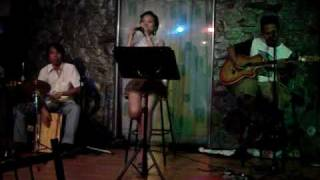 Kiss me by Hairspray Acoustic Band