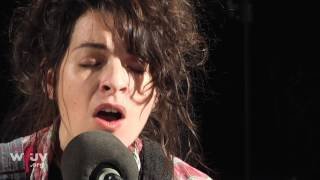 "Jesca Hoop - ""Born To"" (Live at WFUV)"