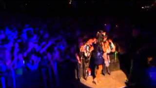 Amy Winehouse - Me And Mr Jones (Live Glastonbury 2008)