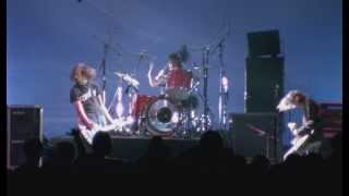 Nirvana - School (Live at the Paramount 1991) HD
