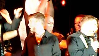 Robbie Williams / Take That - Relight My Fire - Manchester 07/06/2011