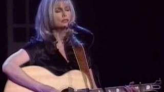 Emmylou Harris - Love Hurts.