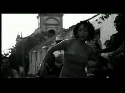 soha-dans-les-rues-de-cuba-clipland93