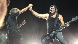 Metallica:  Chicago, IL 6/18/17 clip 8 I Disappear jam pt 3