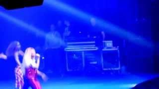 TENNY - Action Ou Vérité @ Une Nuit A Makala  4 - Lille [13/04/15]