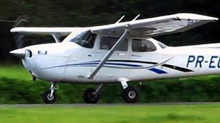 Decolagem de avião - Avião decolando Cessna 172 - El despegue del avión - Despegue de aviones