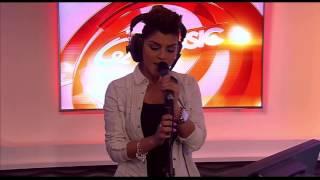 Funda - Kiss Me (live bij Q)