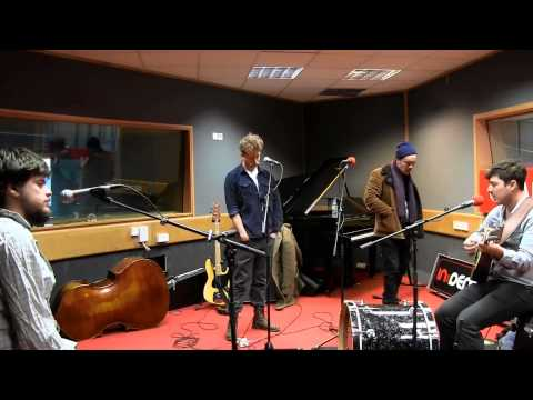 mumford-sons-reminder-session-romeoindemand