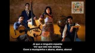 Deolinda - Musiquinha (LETRA) 2013 HD
