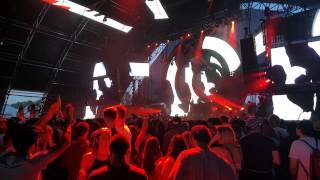 Coachella 2015 - R3hab performing on the Sahara Stage