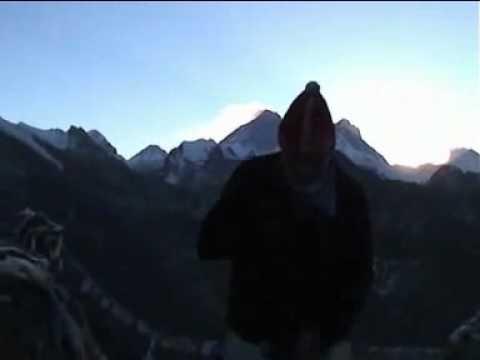 Nepal Trekking – Everest Trek Luza to Gokyo Peak.mp4
