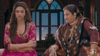 Deepika loses her finger - Goliyon Ki Raasleela Ram-leela width=