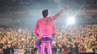 Luan Santana canta Te vivo em Portugal - 10/11/2012 - Turnê internacional