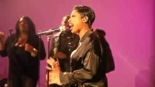 "JENNIFER HUDSON PERFORMS #LOVEHASNOLIMITS @WHOTEL 10/21/2014 ""ONE NIGHT ONLY"""