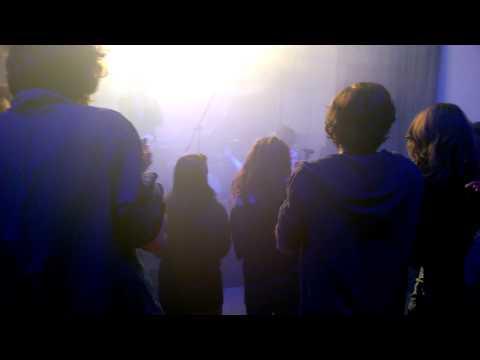 honningbarna-opp-de-nye-blanke-live-at-juze-kass-brixen-sa-28032015-patrick-faller