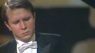 Mikhail Pletnev plays Rachmaninoff - Prelude op.23 No.7 in C minor (live in Moscow, 1987)