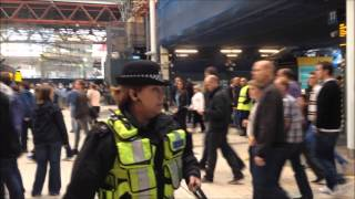 Leeds fans clash with police at London Bridge